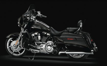 12-cvo-street-glide-customized